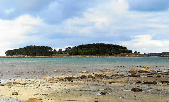 L'île d'Aval s'étend sur 58000m².